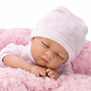Reborn, le bambole iperrealistiche che sembrano bambini veri